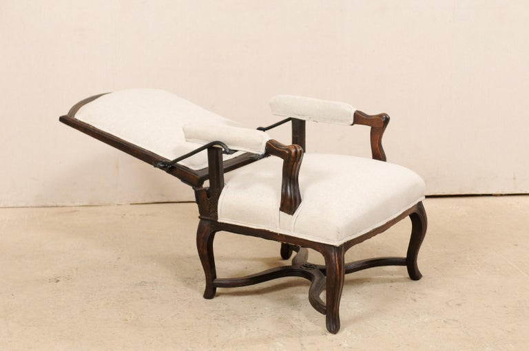 Italian 19th Century Reclining Wood and Upholstered Armchair For Sale 3