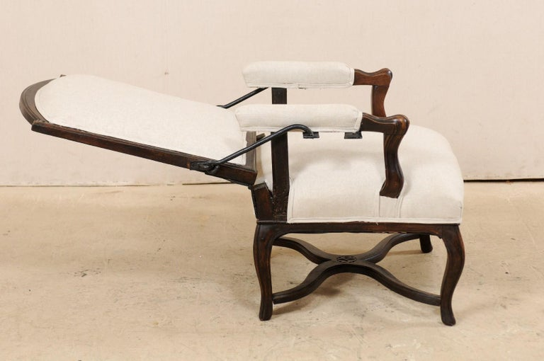 Italian 19th Century Reclining Wood and Upholstered Armchair For Sale 4