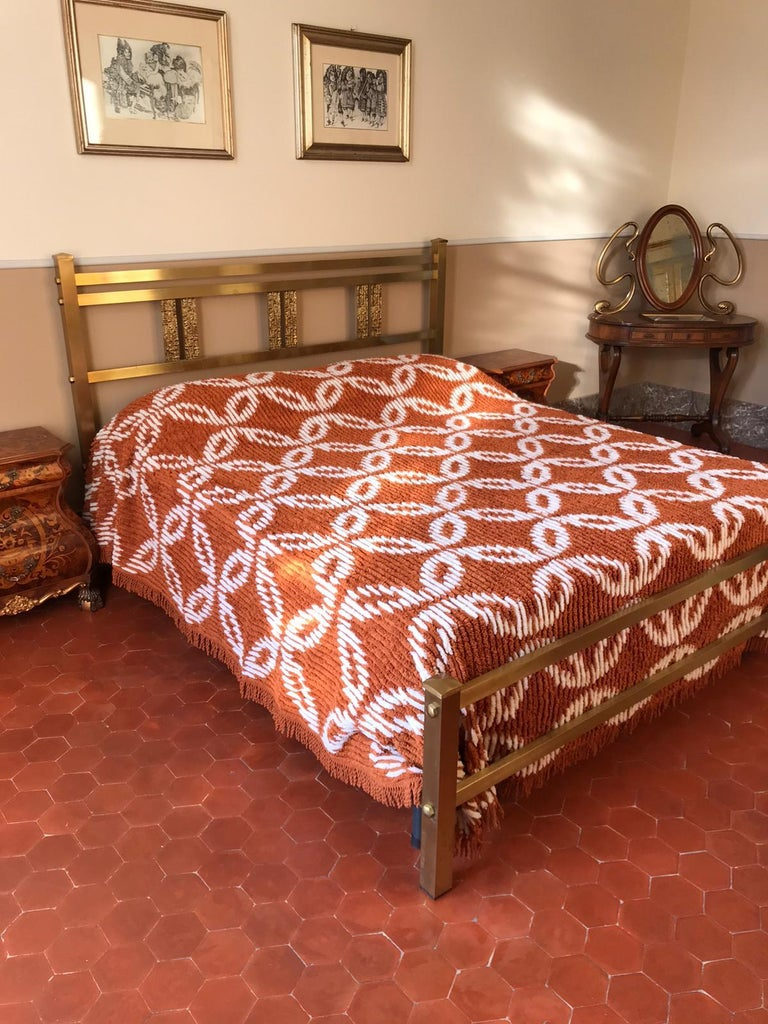 Mid-Century Modern Italian Bed in Brass and Bronze by Luciano Frigerio, circa 1960 For Sale