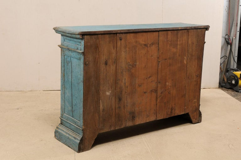 A 19th Century Italian Console Storage Cabinet, in Beautiful Blue Color For Sale 7