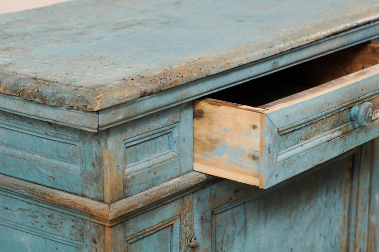A 19th Century Italian Console Storage Cabinet, in Beautiful Blue Color For Sale 2