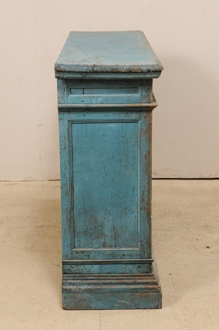 A 19th Century Italian Console Storage Cabinet, in Beautiful Blue Color For Sale 5
