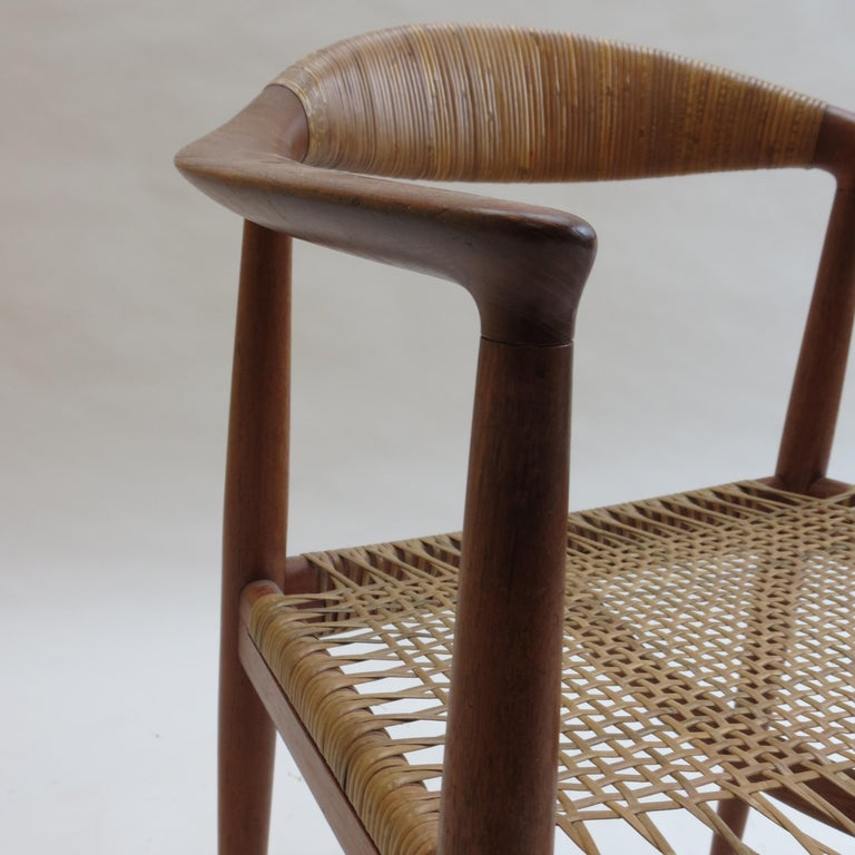 Original Early Version of the Chair by Hans J Wegner Johannes Hansen JH 501 For Sale 2
