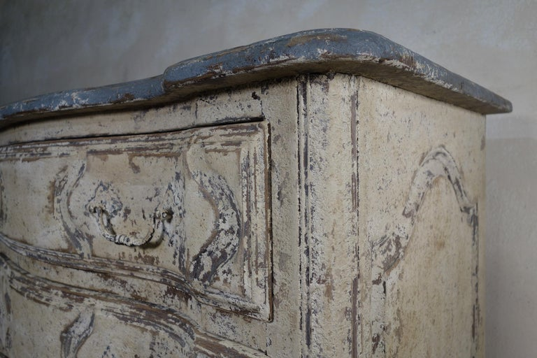 Original Painted French Serpentine Commode, Chest of Drawers For Sale 6
