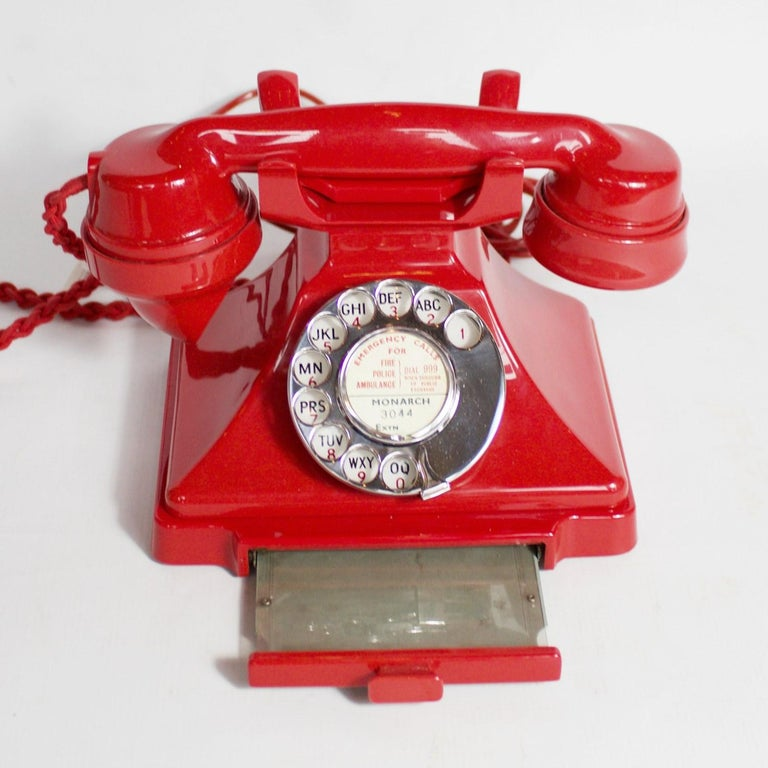 English Original, Rare GPO Model 232 Chinese Red Bakelite Telephone, circa 1956 For Sale