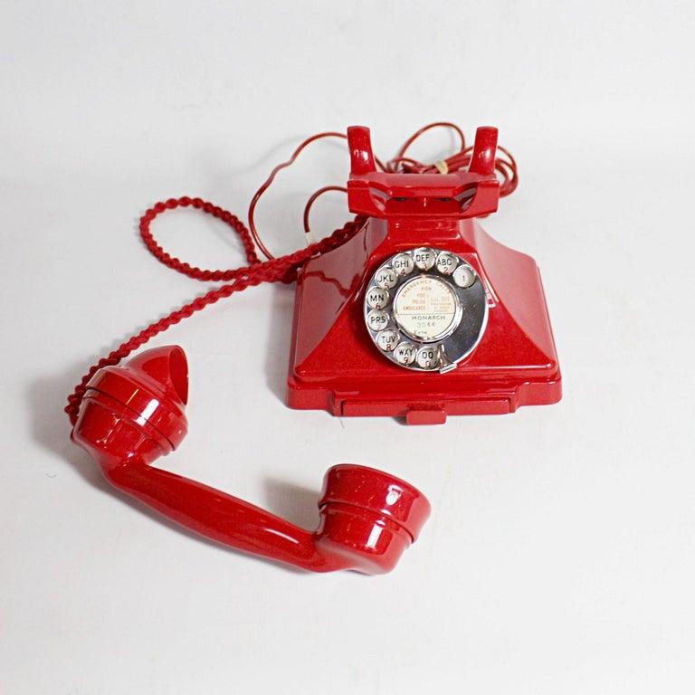 Original, Rare GPO Model 232 Chinese Red Bakelite Telephone, circa 1956 For Sale 1