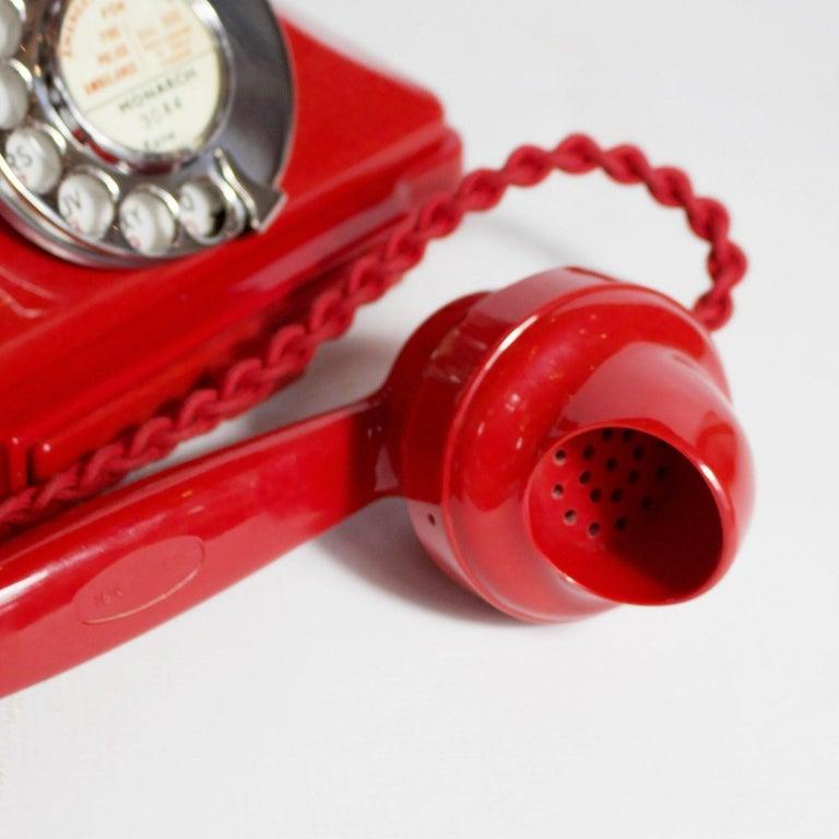 Original, Rare GPO Model 232 Chinese Red Bakelite Telephone, circa 1956 For Sale 3