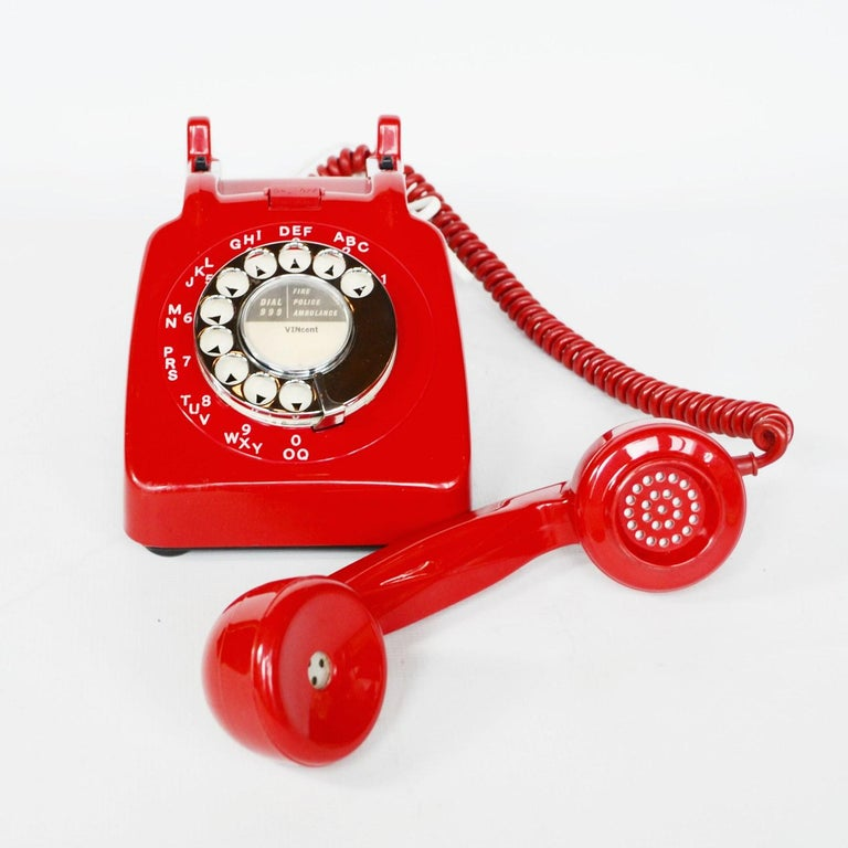 Plastic Original Red Lacquered GPO Model 706L Telephone Full Working Order For Sale