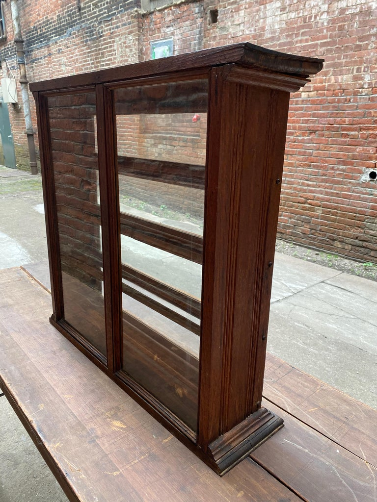 a. N. Russell and Sons Oak and Glass Display Cabinet In Good Condition For Sale In Garnerville, NY