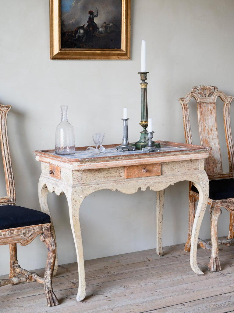 Unusual and Delightful 18th Century Rococo Tile Tray Table In Good Condition For Sale In Helsingborg, SE