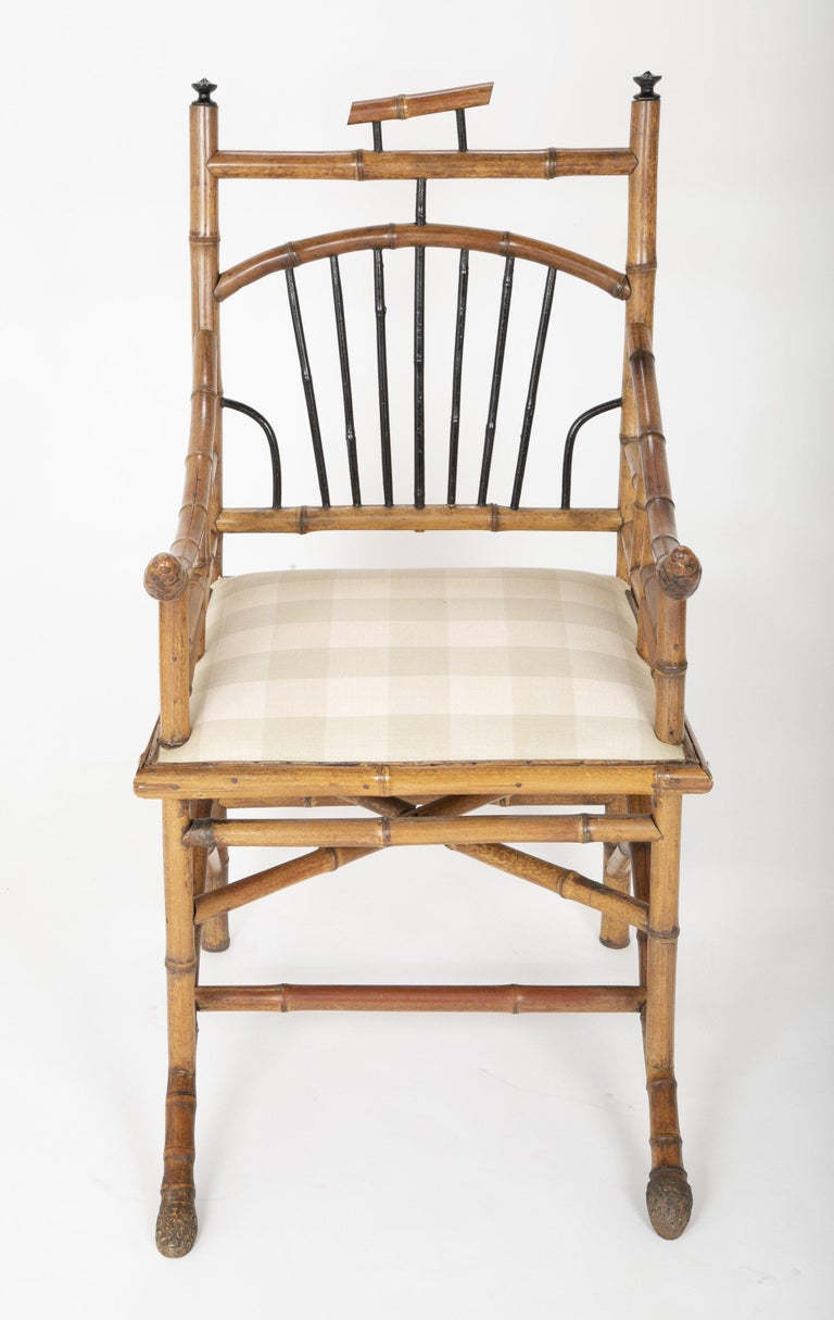 Unusual Pair of English Bamboo Armchairs In Good Condition For Sale In Port Chester, NY