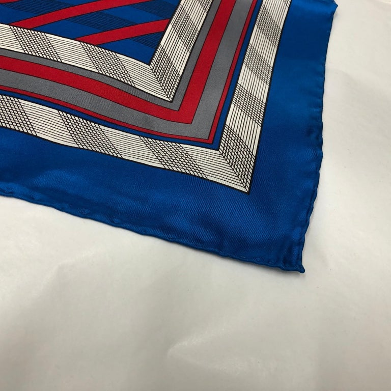 An Yves Saint Laurent Vintage Silk Foulard circa 1980 In Good Condition For Sale In Aci Castello, IT