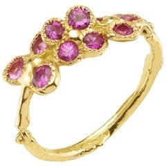 Pink Sapphires 18 Karat Yellow Gold Chiseled flowers Ring