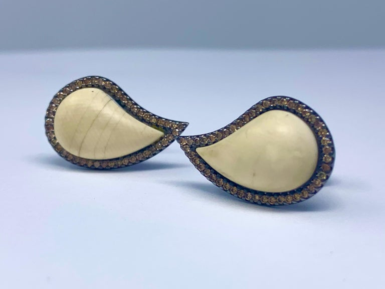 AnaKatarina Cognac Diamond and Mammoth 'Ishq' Cufflinks In Excellent Condition For Sale In Dedham, MA
