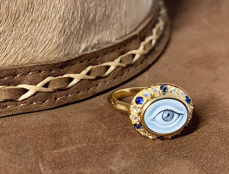 AnaKatarina Customizable Carved Agate Cameo, 18k Gold, Diamonds 'Eye Love' Ring For Sale 3
