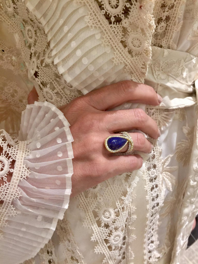Women's AnaKatarina One-of-a-Kind Vintage Lapis, Yellow and White Gold and Diamond Ring For Sale