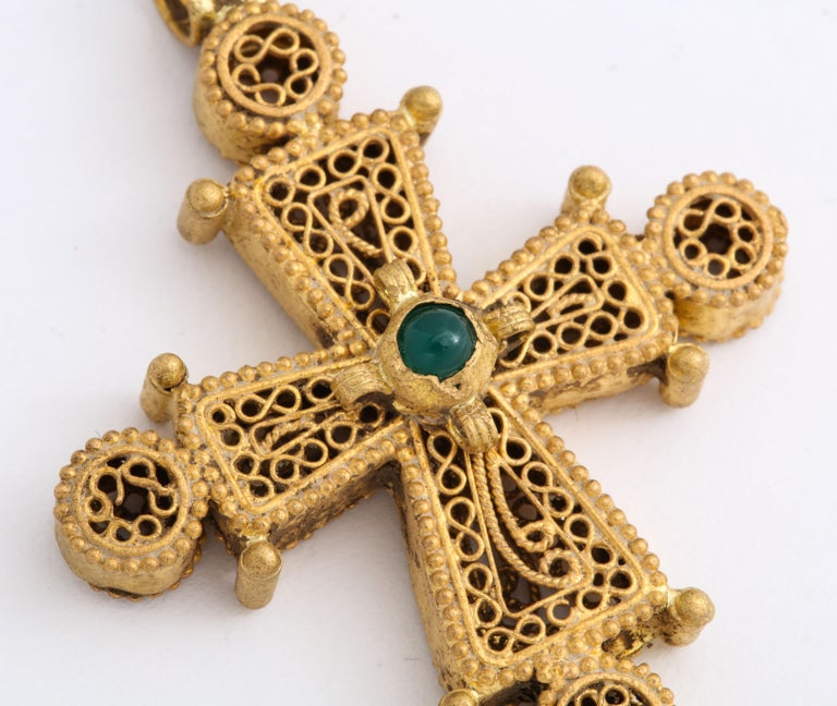 Women's or Men's Ancient Byzantine Gold Cross with Emerald For Sale