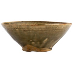 Ancient Ceramic Bowl Trân Dynasty Vietnam, 13th-14th Century