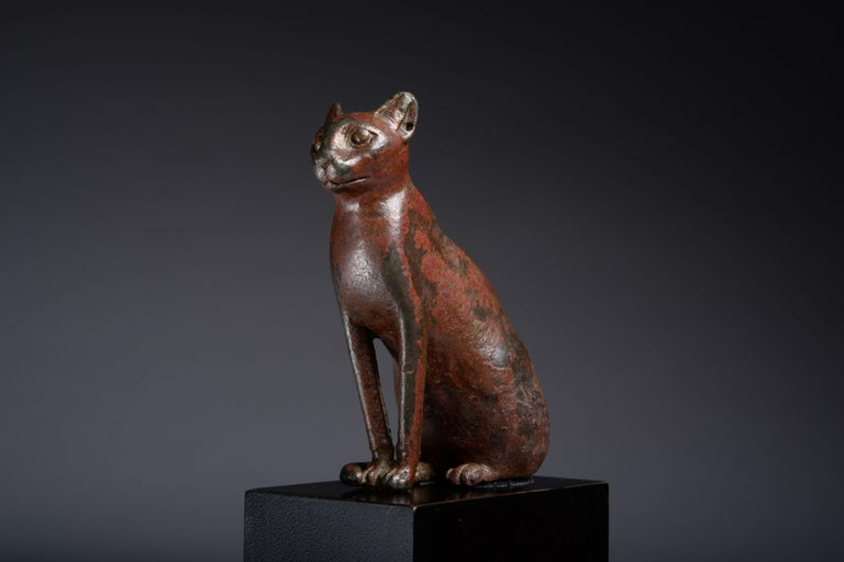 Ancient Egyptian Bronze Cat, 1075 BC In Excellent Condition For Sale In London, GB