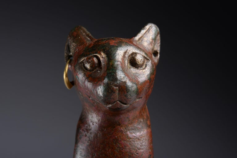Ancient Egyptian Bronze Cat, 1075 BC For Sale 4