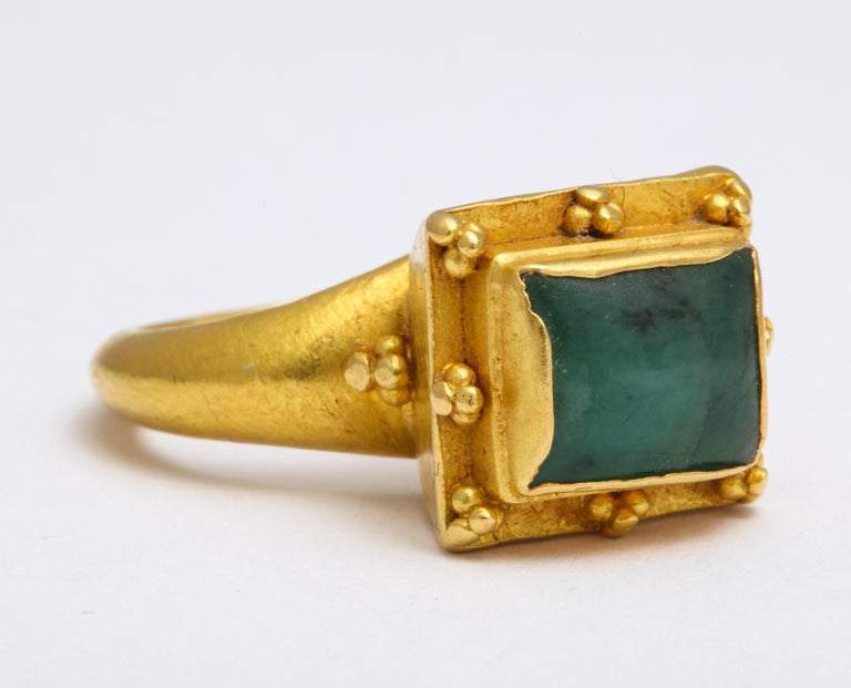 Ancient Medieval Gold Emerald Ring For Sale 1