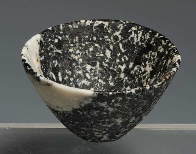 Carved Ancient Near Eastern Bichrome Stone Bowl For Sale