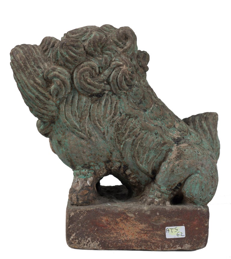 Ancient Pho Dog Sculpture, Chinese Manufacture, 19th Century In Good Condition For Sale In Roma, IT