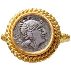 Ancient Roman '3dt Century BC' Coin Gold Ring with Elmeted Head of Goddess Rome