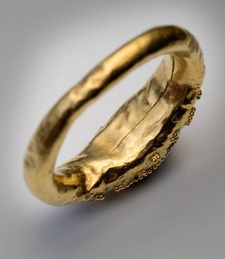 Ancient Roman Garnet Intaglio Gold Ring For Sale 1