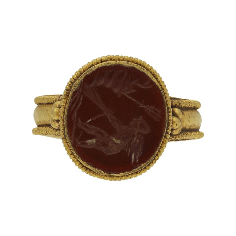 Ancient Roman Gold Ring with Intaglio of Neptune, circa 2nd-3rd Century AD For Sale