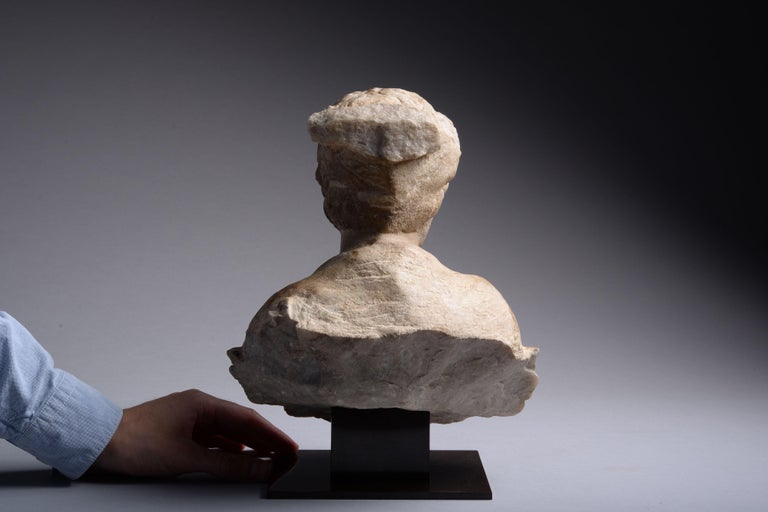 Ancient Roman Marble Bust of a Young Man, 150 AD In Excellent Condition For Sale In London, GB