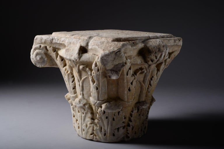 18th Century and Earlier Ancient Roman Marble Column Capital, 200 AD For Sale