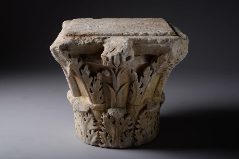 Ancient Roman Marble Column Capital, 200 AD For Sale 1