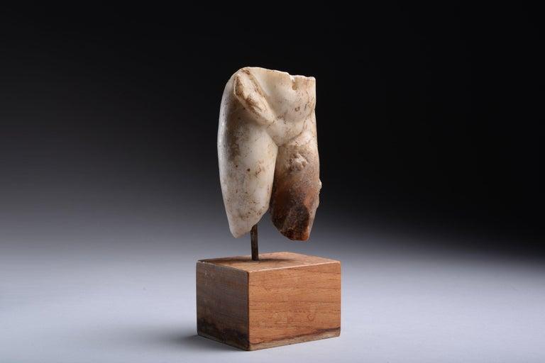 Classical Roman Ancient Roman Marble Figure of Venus Pudica, 150 AD For Sale