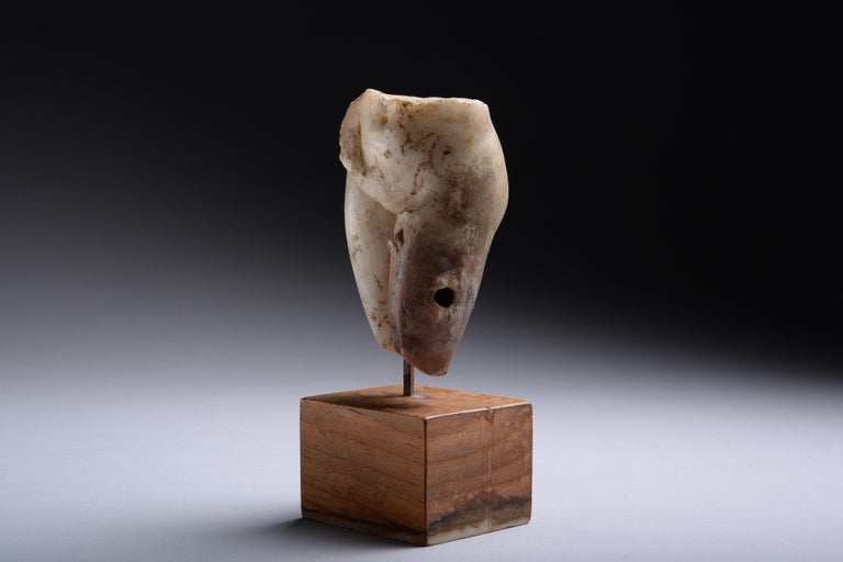 18th Century and Earlier Ancient Roman Marble Figure of Venus Pudica, 150 AD For Sale