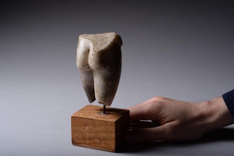 Ancient Roman Marble Figure of Venus Pudica, 150 AD For Sale 1