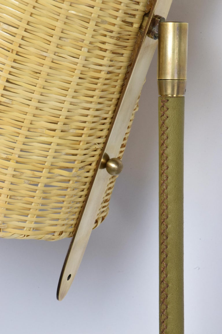 Ancora-II Contemporary Brass and Rattan Wall Light, Flow Collection In New Condition For Sale In Paris, FR