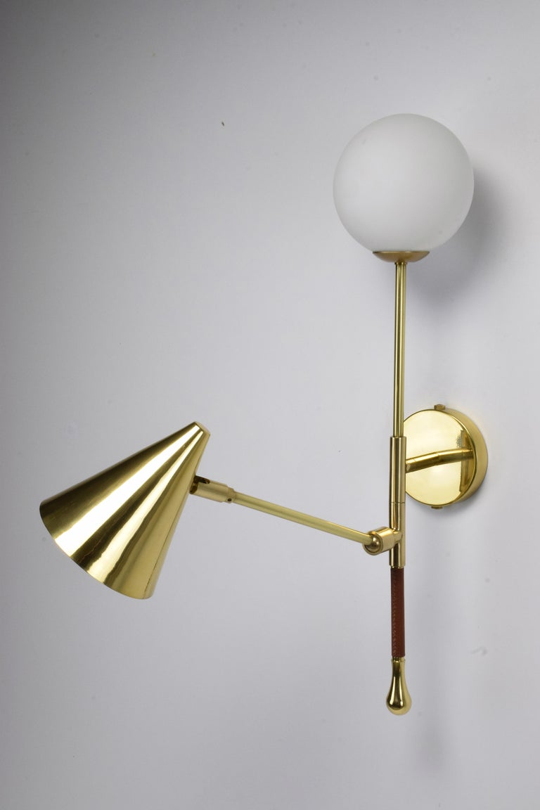 Modern Ancora-IX Contemporary Brass Articulating Double Wall Light, Flow Collection For Sale
