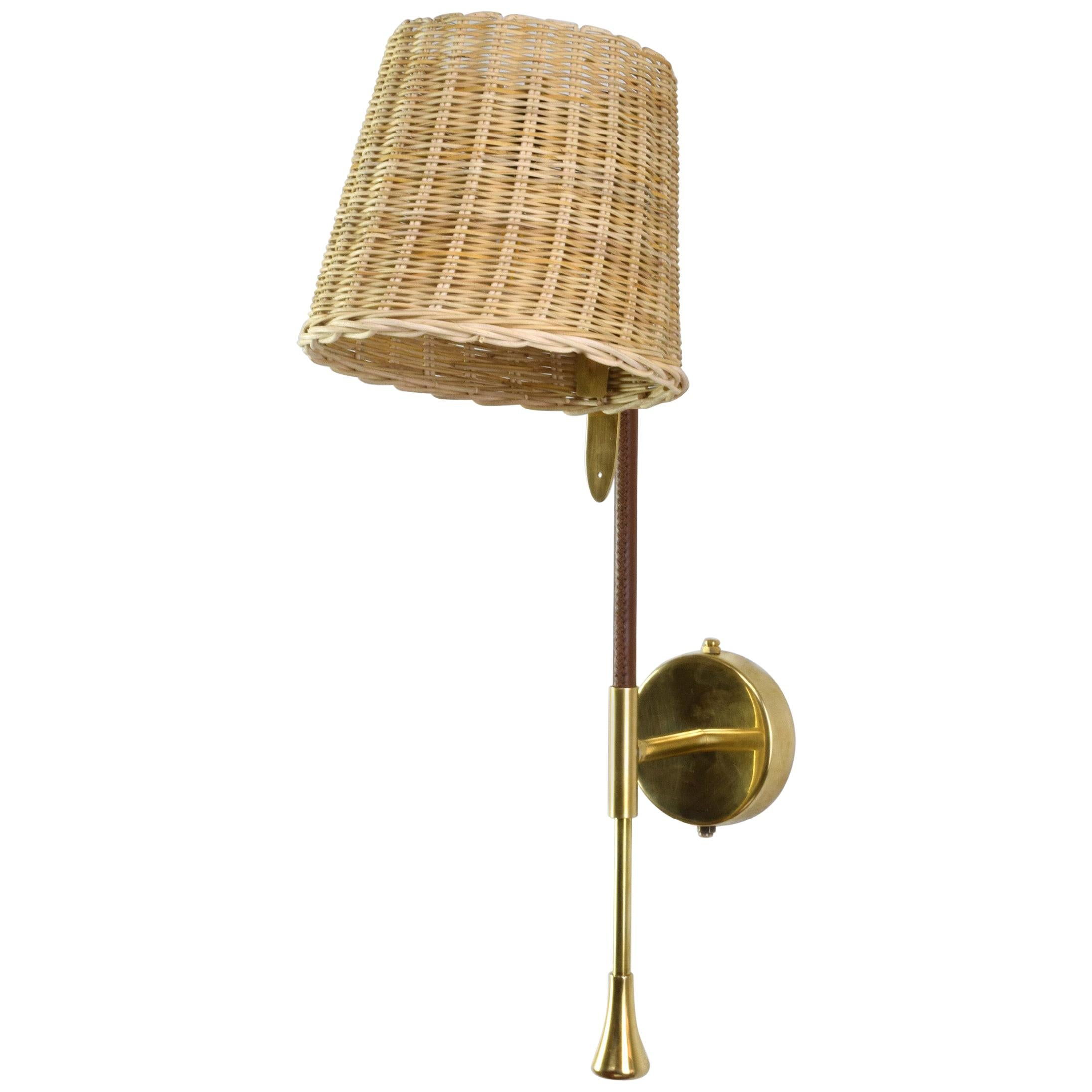 Ancora-W2 Contemporary Brass and Rattan Wall Light, Flow Collection