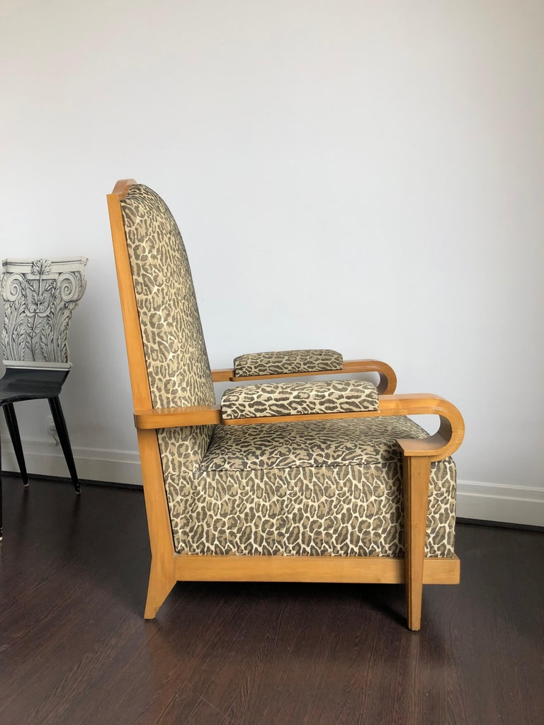Unique French armchair in the style of André Arbus, famous parisian decorator working in the 1930s, 1940s and 1950s (in the same way as Jean-Michel Frank, Jacques Adnet, Jean Pascaud, Jean-Charles Moreux, Emilio Terry and Serge Roche) and well-known
