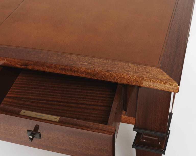 French André Arbus, Large Desk in Mahogany, Leather, and Bronze, France, circa 1940 For Sale