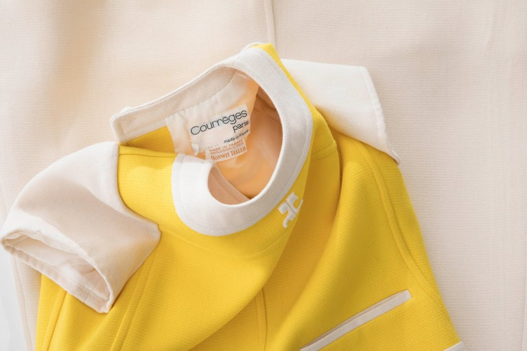 Andre Courreges Yellow Cream Wool A-Line Dress With Cap Sleeves, Circa 1960's For Sale 8