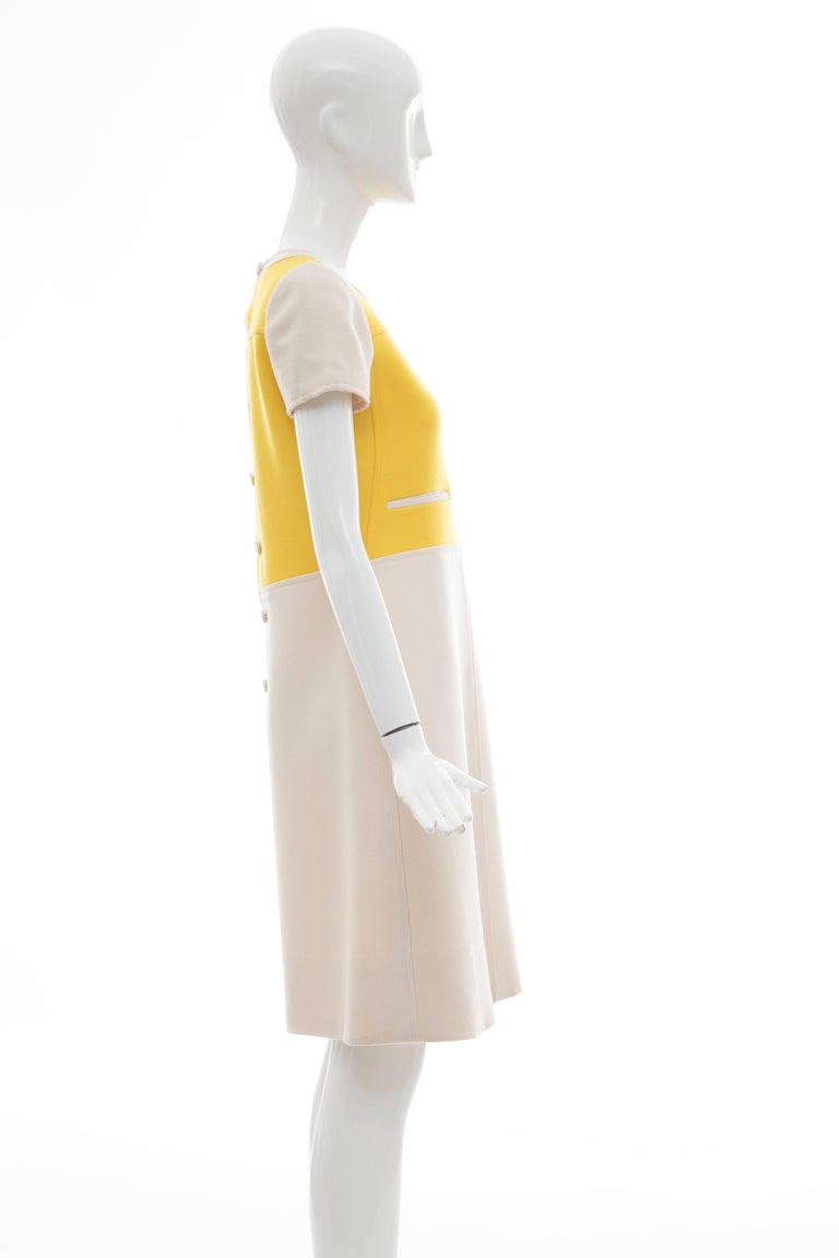 Andre Courreges Yellow Cream Wool A-Line Dress With Cap Sleeves, Circa 1960's For Sale 2