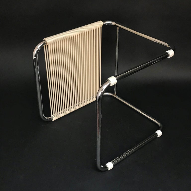 Andre Dupre Bauhaus Chromed Tubular Steel and White Plastic Stool, Knoll 1960s For Sale 2