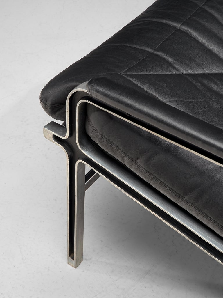 Andre Vandenbeuck Pair of 'Aluline' Lounge Chairs in Black Leather For Sale 2