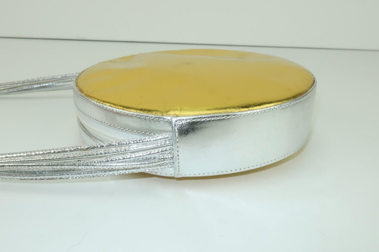Andrea Pfister Gold & Silver Leather Disk Handbag, 1980's For Sale 3