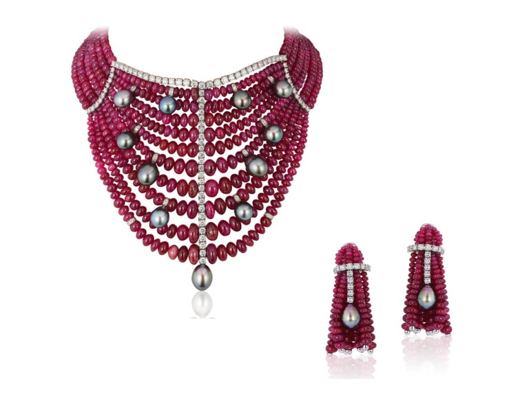 Andreoli Burma Ruby Cabochon Bead Tahitian Pearl Bib Necklace Diamond 18 Karat In New Condition For Sale In New York, NY