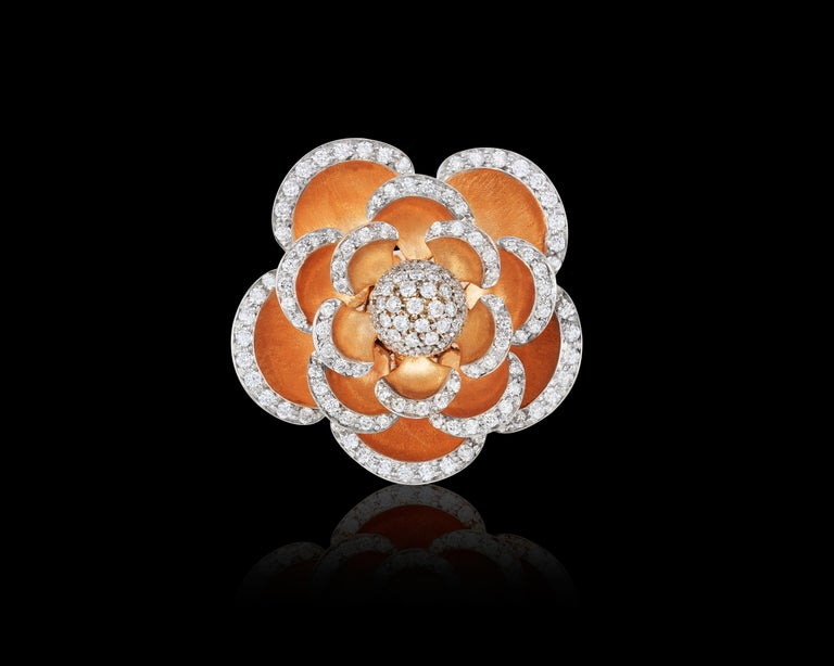 Andreoli Diamond 18 Karat Rose Gold Flower Cocktail Ring with Movable Petals In New Condition For Sale In New York, NY