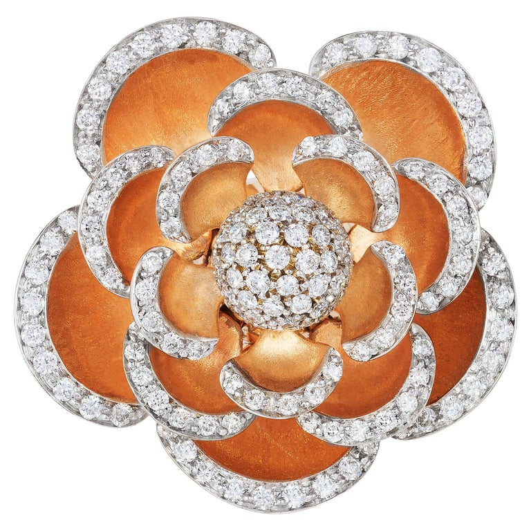 Andreoli Diamond 18 Karat Rose Gold Flower Cocktail Ring with Movable Petals For Sale