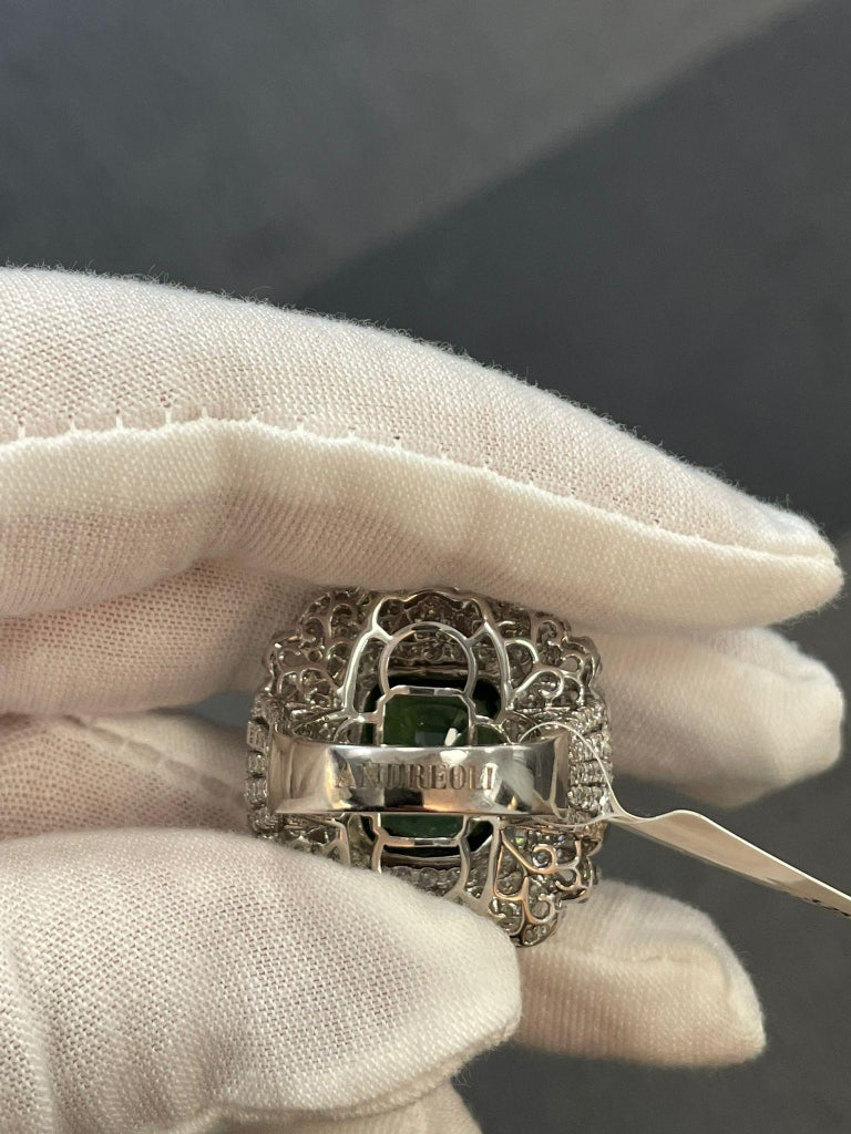 Women's or Men's Andreoli Peridot and Diamond Cocktail Ring For Sale